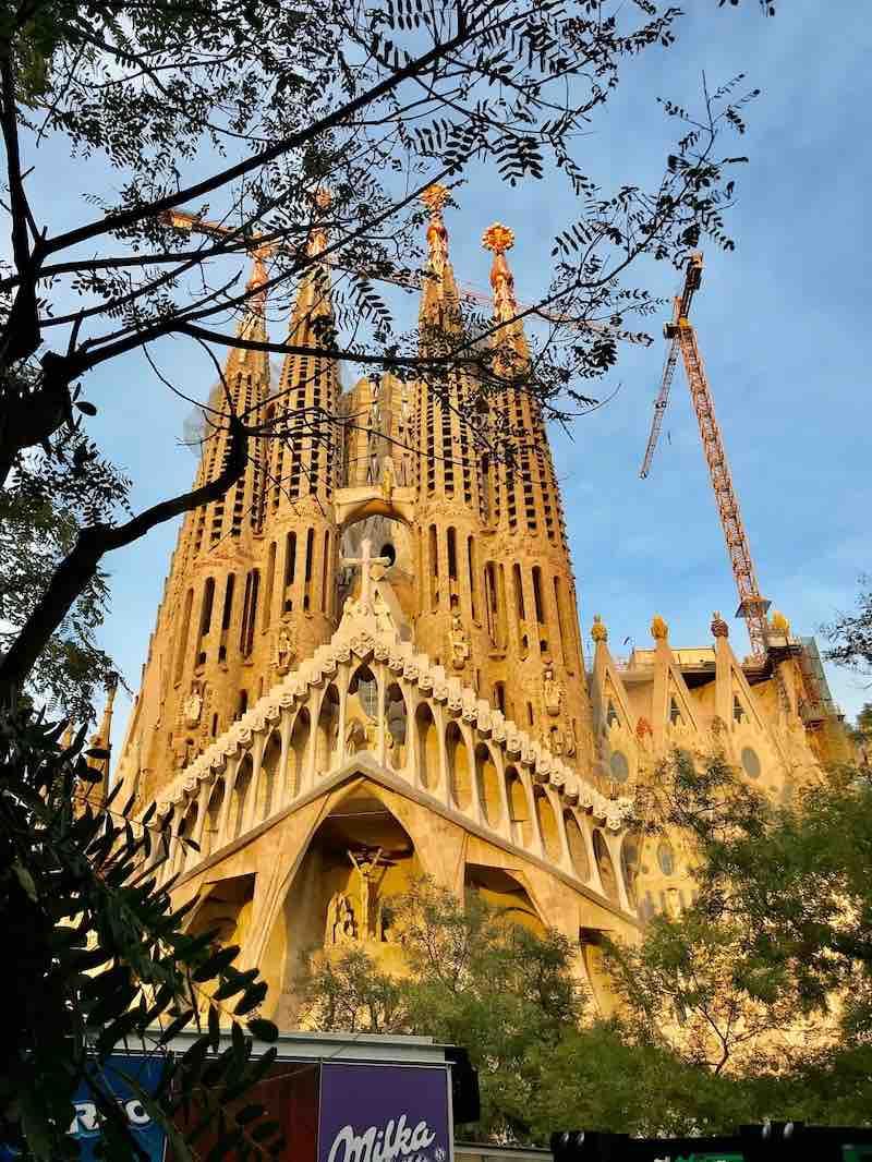 Sagrada Familia Barcelona Vanlife Katalonien