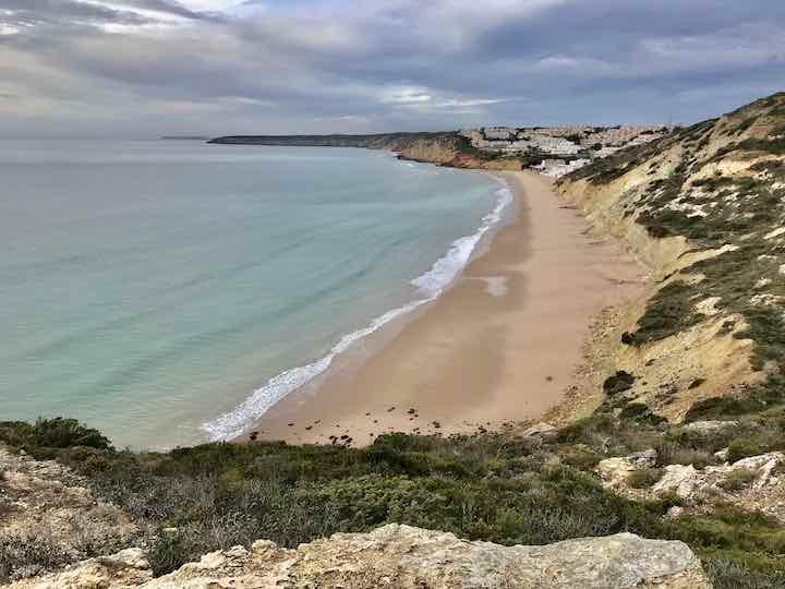 Leerer Strand Algarve