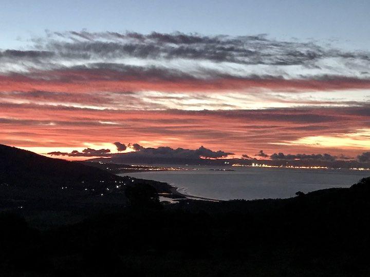 Sonnenuntergang mit Blick auf Marokko