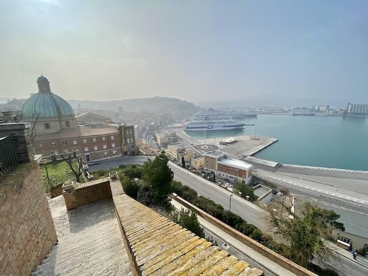 Hafen Ancona