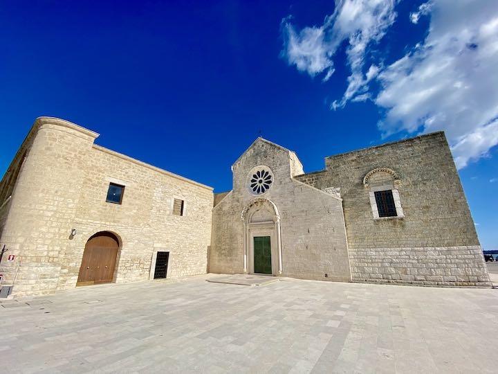 Kirche Trani