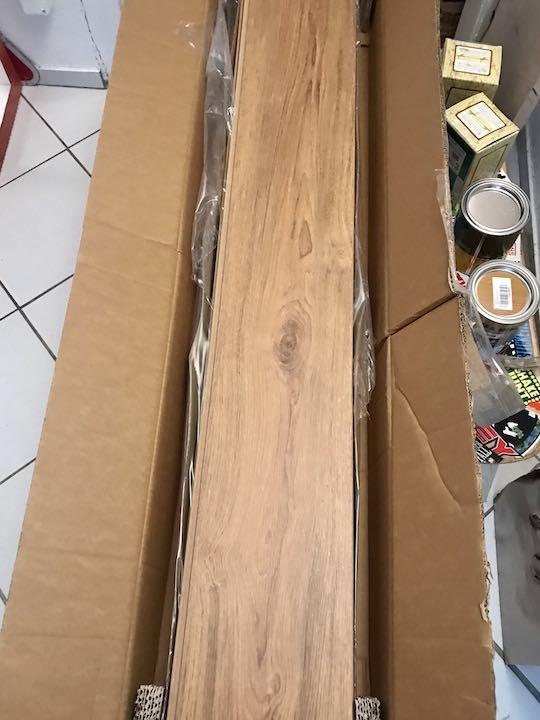 Korkboden in der Verpackung